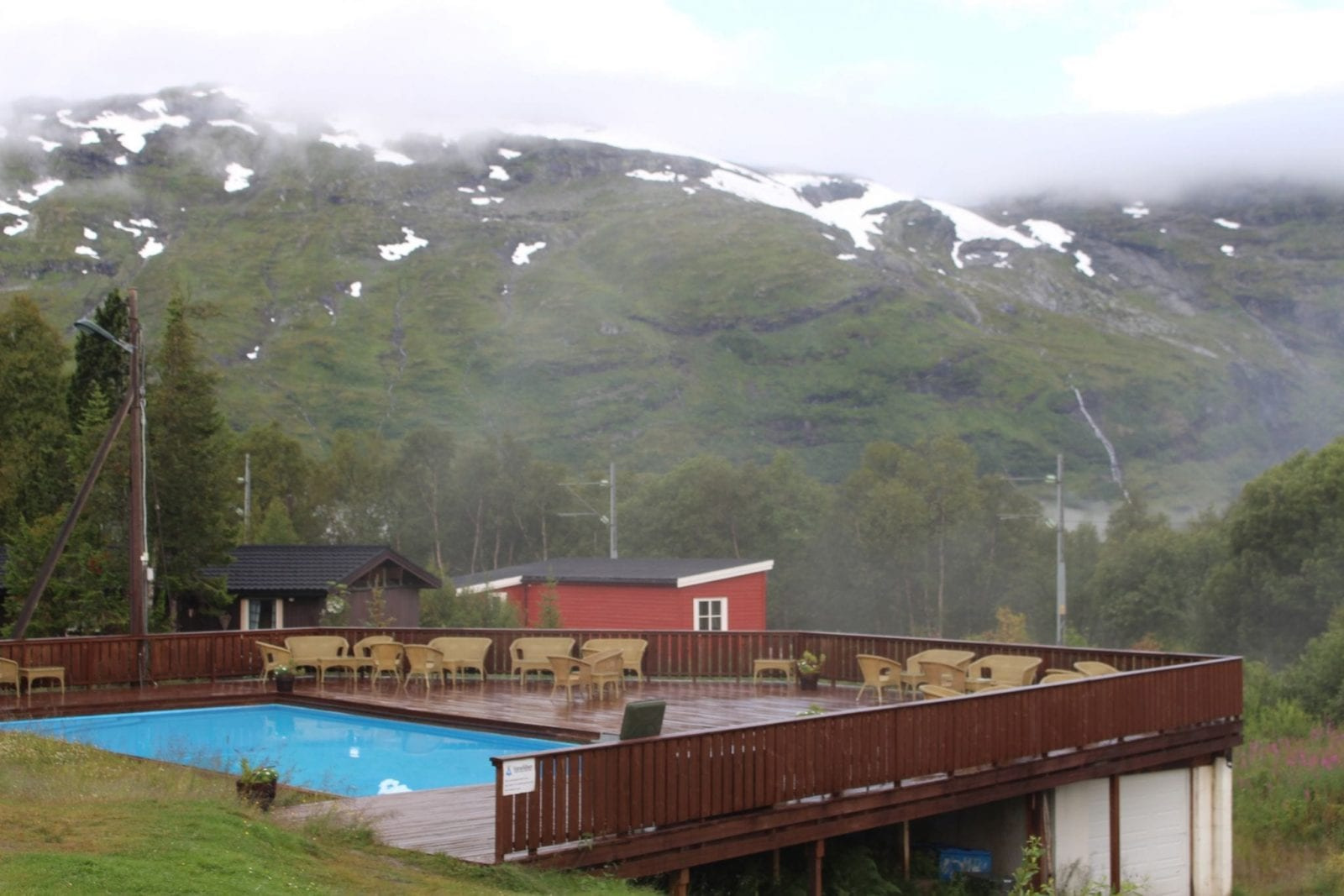 This is a great capture from the inside of the Vatnahalsen Høyfjellshotell outlooking the surroundings.